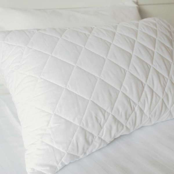 Pillow Protector Quilted Cotton Std Zip