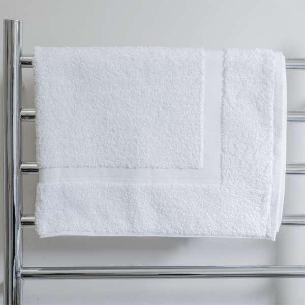 Super Deluxe Bath Mat White 750Gsm Actil